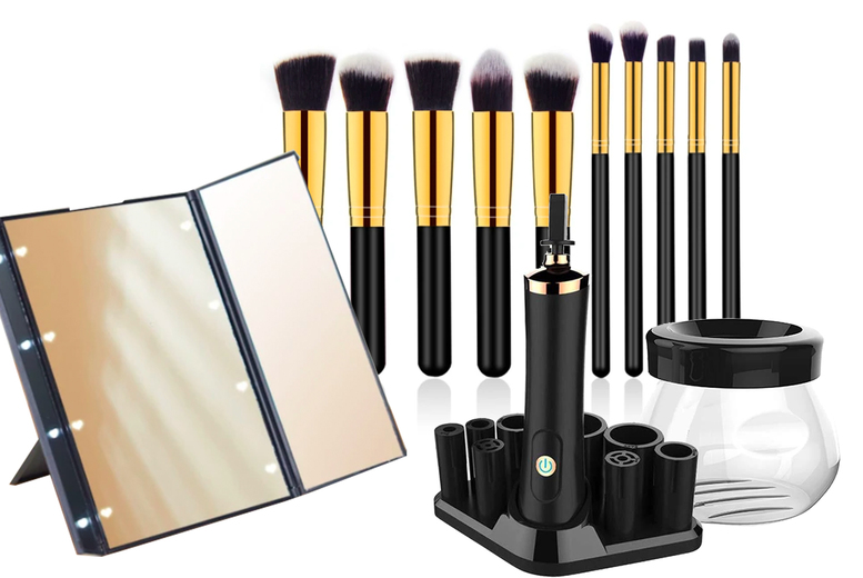 Image of £10.99 instead of £29.99 for an LED mirror, £16.99 for a mirror and 10 makeup brushes or £25.99 for a mirror, 10 makeup brushes and a brush cleaner from Magic Trend - save up to 63%