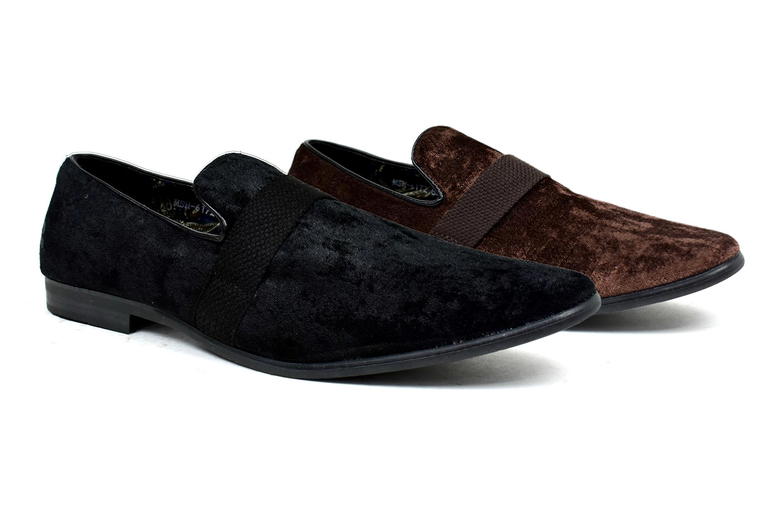 Image of £12.99 instead of £18.99 for a pair of men's slip-on shoes from Shoe Fest - save 32%