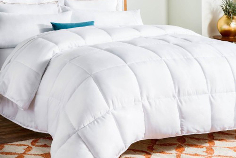 Image of From £19.99 instead of £59.99 for a single 7.5 tog summer duvet from Direct Warehouse Limited - choose from four sizes and save up to 67%