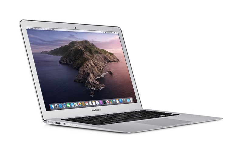 "Image of £499 instead of £1240.96 for a refurbished 2015 13"" Macbook Air with 4GB of onboard memory, £569 with 8GB of onboard memory from iTech Trading - save up to 60%"