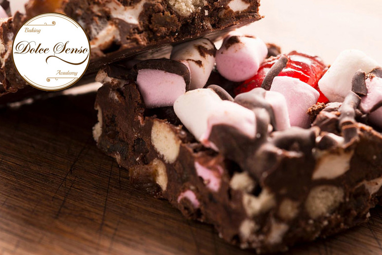 Image of £9.99 instead of £20 for a Personalised DIY Easter Egg Rocky Road Biscoff Kit from Dolce Senso - save 50%