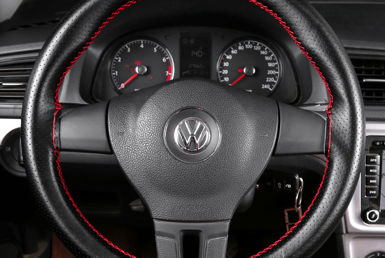 Image of £10.99 instead of £29.99 for a car steering wheel cover set from Wishwhooshoffers - save 63%