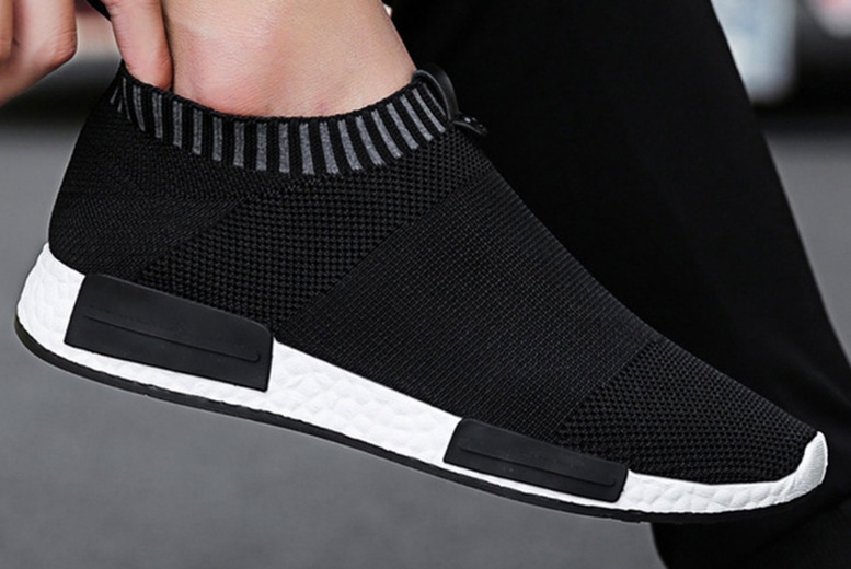Image of £10 instead of £60 for a pair of men's soft mesh slip on trainers from Evaniy - save 83%