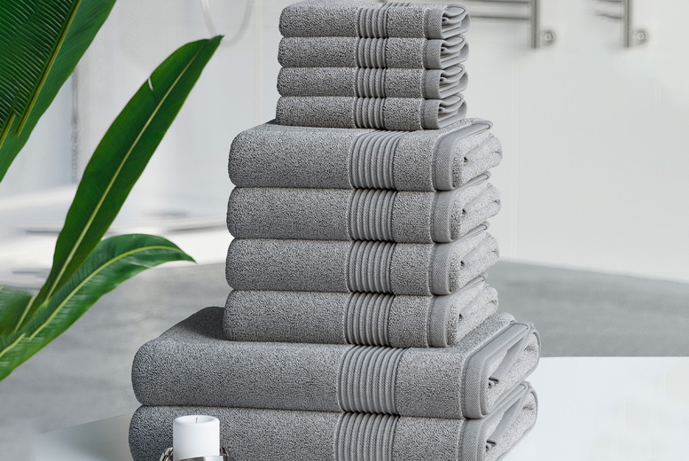 Image of £14.99 instead of £49.99 for a 10-piece Hilton collection towel bale from Bliss Home Living - save 70%