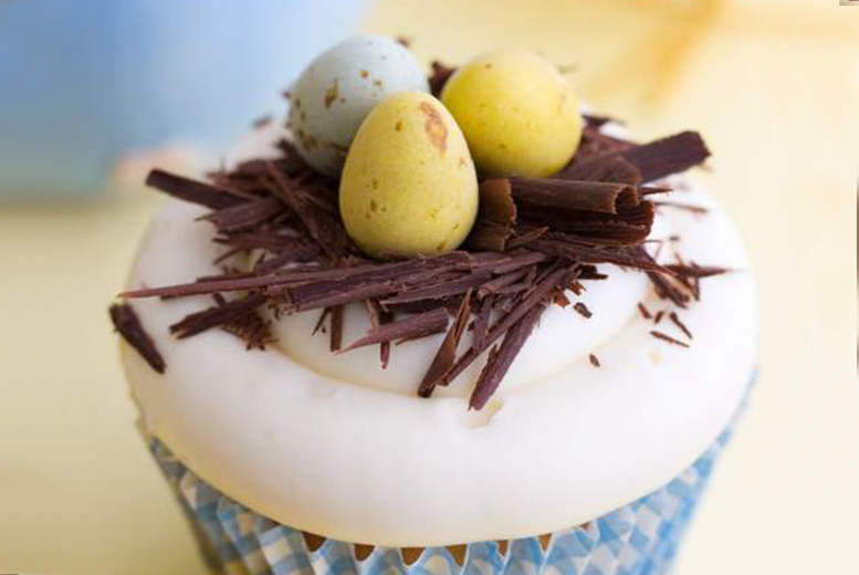 Image of £9 instead of £20 for a Personalised DIY Easter Cupcake Kit from Dolce Senso - save 55%