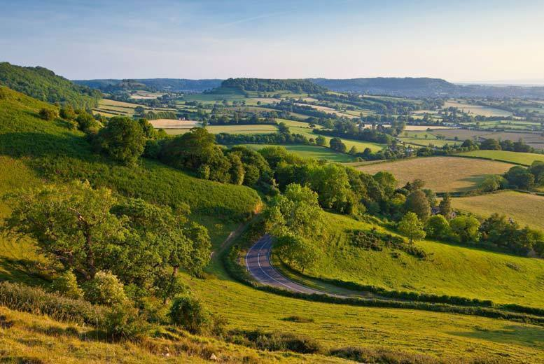 Image of A Swindon, Wiltshire 4* Alexandra House for two people with three-course dinner, breakfast and leisure access. £99 for an overnight stay, or £139 for two nights with dinner on the first night - save up to 34%
