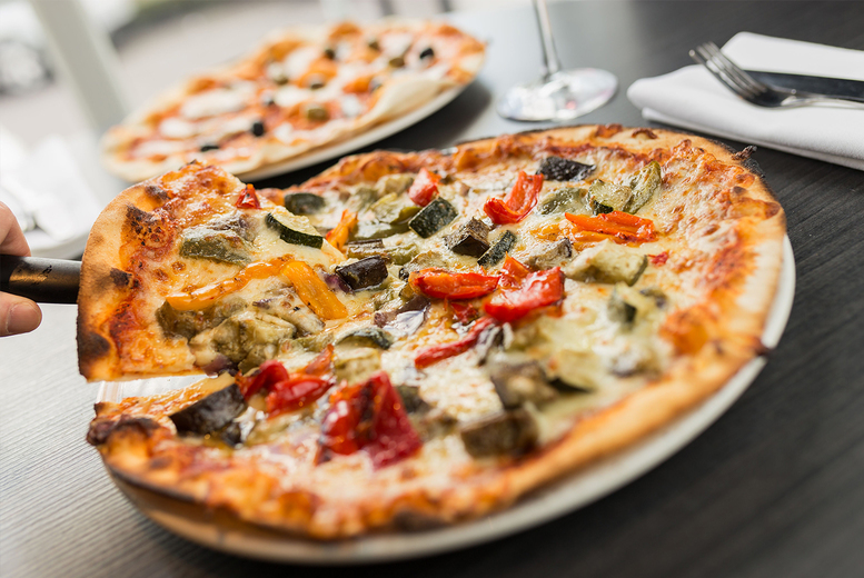 Image of £22 instead of £40.50 for a pizza or pasta dish each with one bottle of wine to share for two at Fratello's Doubletree by Hilton Newcastle International Airport - save up to 46%