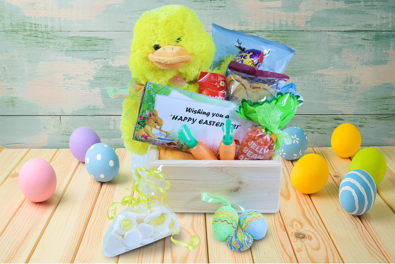 Image of £19 for an Easter local gift hamper with eleven products from Black Cat Hampers & Gifts