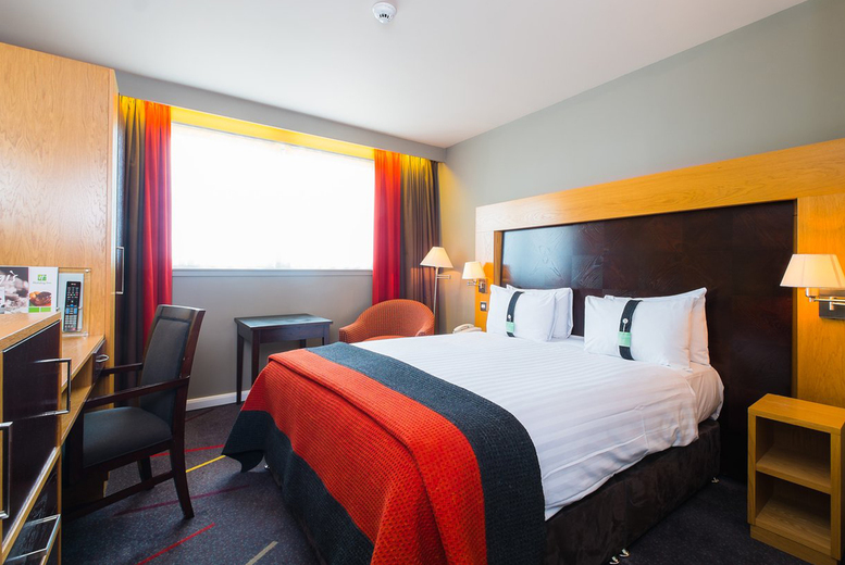 Image of An Aberdeen, Scotland hotel stay at the Holiday Inn Aberdeen West for two people with breakfast, three-course dinner and a drink each. £69 for one night, or £119 for two nights - save up to 36%
