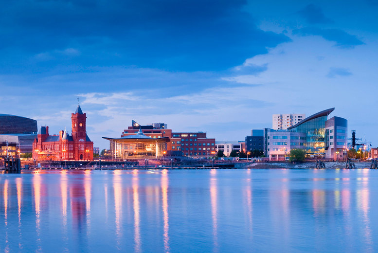 Image of A Cardiff stay at 4* Mercure Cardiff Holland House Hotel and Spa for two people with breakfast, one bottle of wine to share and 1pm late checkout. £79 for one night - save up to 61%