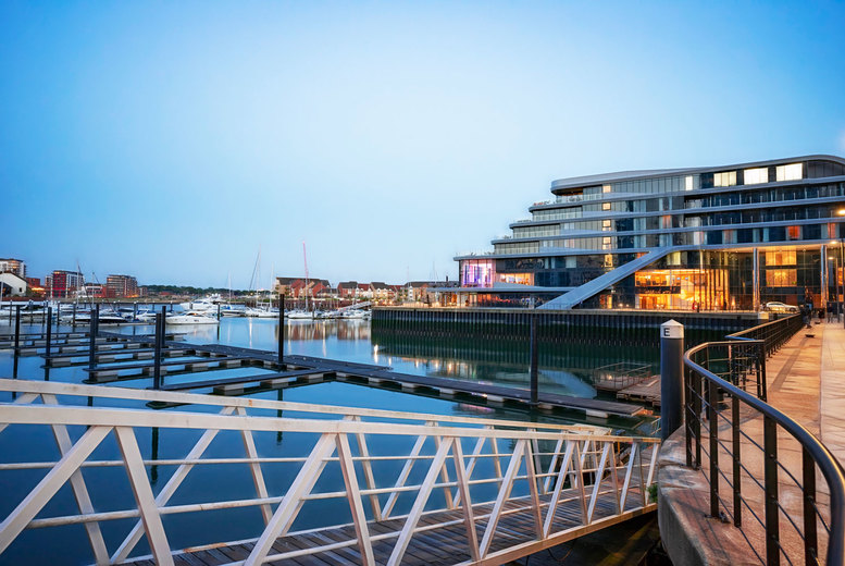 Image of A Southampton, Hampshire stay at 4* DoubleTree by Hilton Hotel Southampton for two people with breakfast, one bottle of wine to share and 1pm late checkout. From £80 for one night - save up to 46%