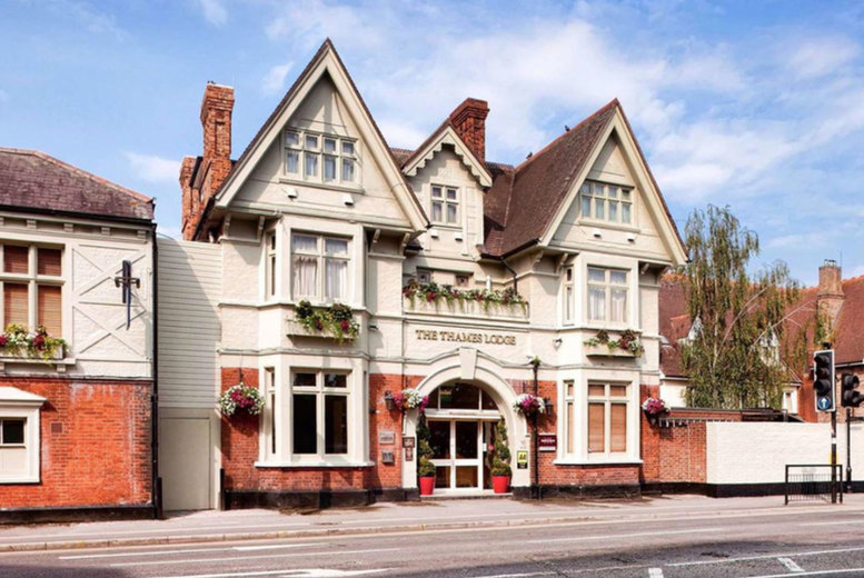 Image of A Staines-Upon-Thames, Surrey hotel stay at Mercure London Staines-upon-Thames Hotel for two people with breakfast, one bottle of wine and a 1pm late check out. From £65 for an overnight stay - save up to 46%