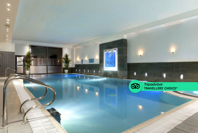 Image of A London stay at the 4* Crowne Plaza London Docklands for two with spa access, Emirates return cable car tickets, one bottle of Prosecco to share and 2pm late check out. £99 for one night, £179 for two nights, or £199 for a superior room - save up to 68%
