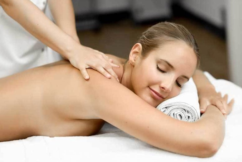 Image of £24 instead of £89 for a one-hour deep tissue massage at Holistic Healthcare Clinics, Fitzrovia - save 73%