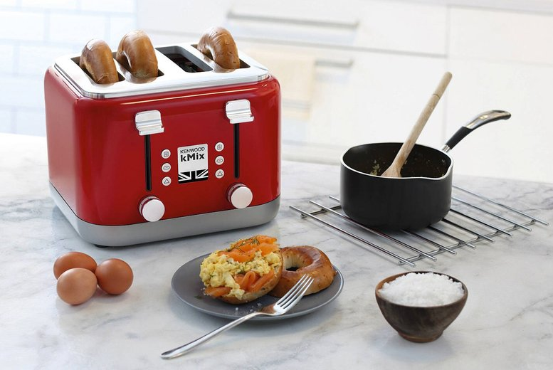 Image of £34.99 for a four-slice toaster from Personal Choice
