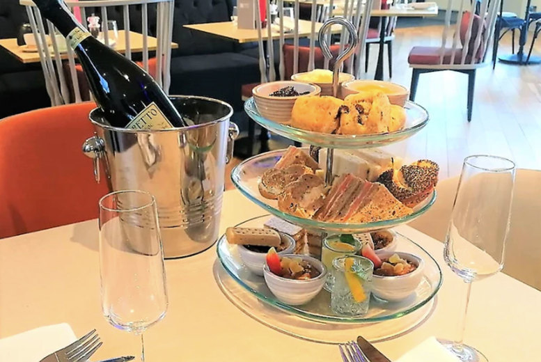 Image of £29 instead of £64.90 for an alfresco afternoon tea for two at Harben House Hotel, Newport Pagnell including a bottle of Prosecco to share - save 55%