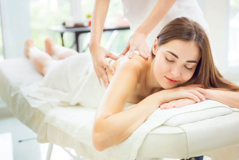Image of £19 instead of £40 for a one-hour Swedish massage at Ciao Bella Beauty, Stockport - save 53%