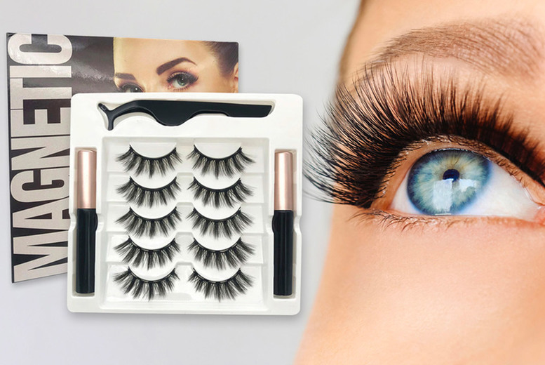Image of £11.99 instead of £39.99 for five pairs of magnetic eyelashes with two magnetic eyeliners and a pair of tweezers from iGojii - save 70%