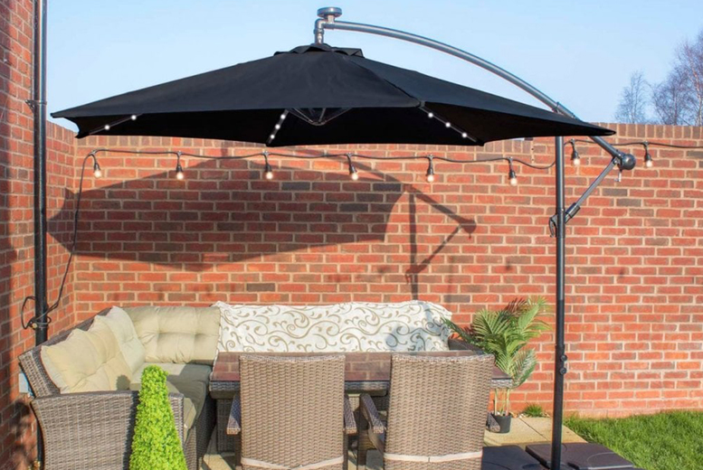 Image of £129 instead of £299.99 for a garden parasol with lights from Garden Comforts! - Save 57%