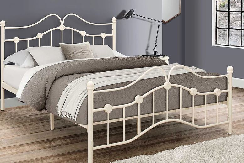 Image of From £109 for a Traditional Victorian Cream Metal Bedframe - 3 Sizes! from FTA Furnishing - save up to 68%