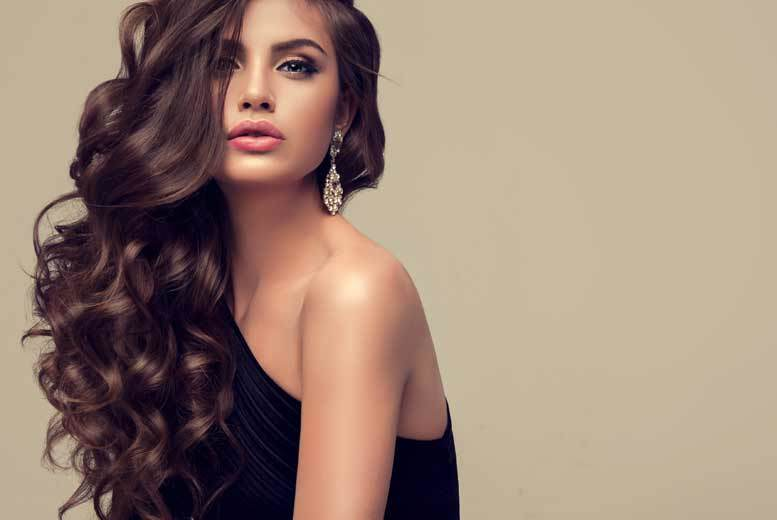 Image of £29 instead of £180 for a balayage treatment with cut, conditioner and blow dry from Cher Salon, Tooting - save 84%