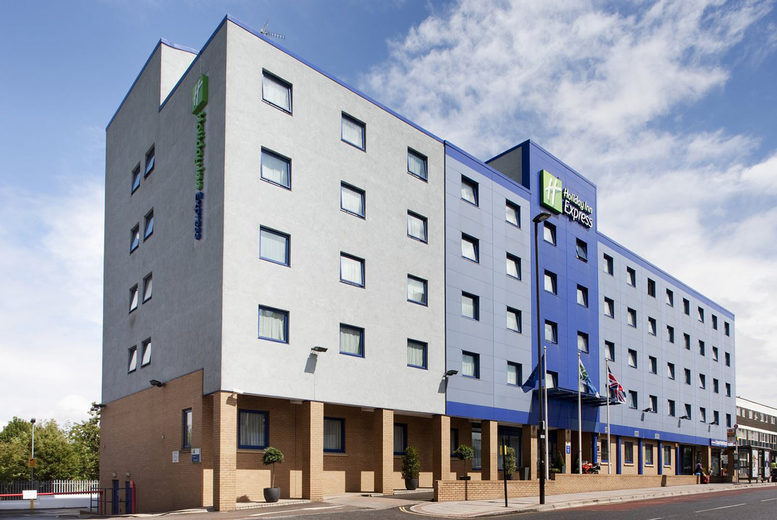 Image of A North Acton, London stay at Holiday Inn Express London - Park Royal for two with breakfast, one bottle of Prosecco to share and 1pm late check out. £79 for an overnight stay, or £149 for two nights - save up to 21%