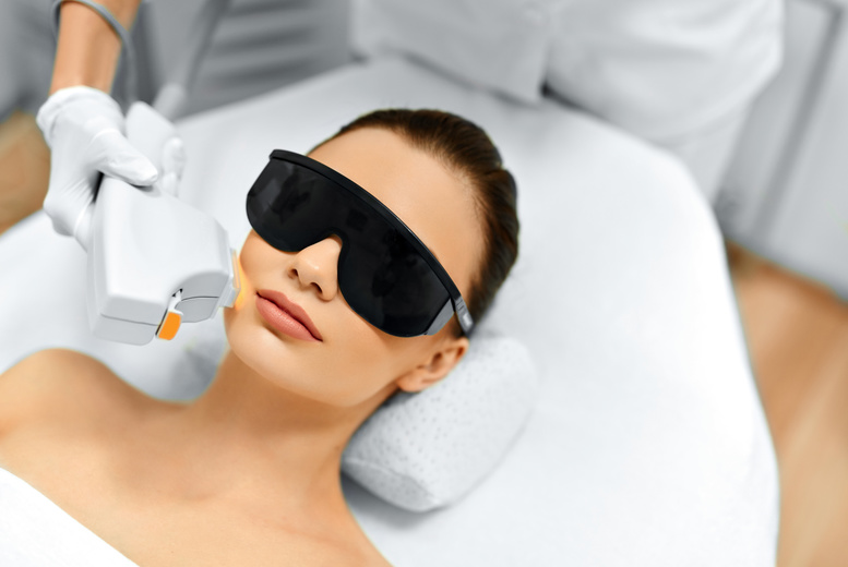 The Best Deal Guide - £69 instead of £300 for 6 sessions of IPL on 3 small areas from Layla's Beauty Limited - save 77%