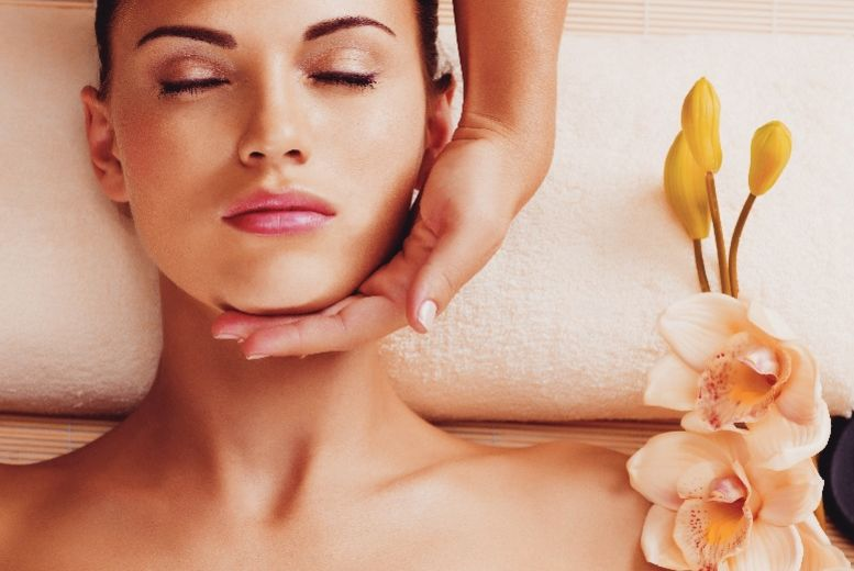 The Best Deal Guide - £21 for a luxury Indian head massage from Essentia Spa