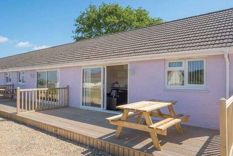 DDDeals - £219 instead of £591 (at Seaview Holidays) for a three-night Isle of Wight cottage stay for up to three people, £279 for a four-night stay for up to four, or £369 or a seven-night stay for up to four - save up to 63%