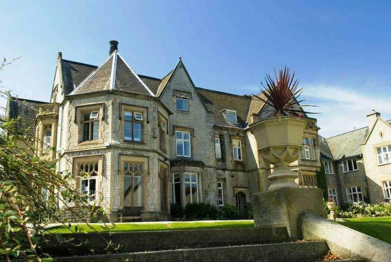 DDDeals - £39 for a spa day for two people including a 25-minute treatment each, full use of leisure facilities and tea or coffee at the 4* Kenwood Hall Hotel, Sheffield