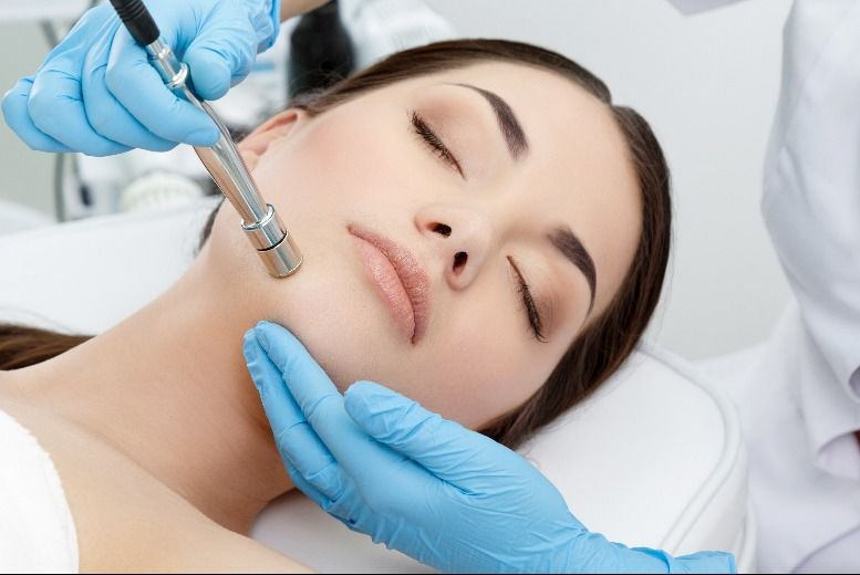 The Best Deal Guide - £21 for a microdermabrasion treatment from Archfit Beauty @ TONI&GUY