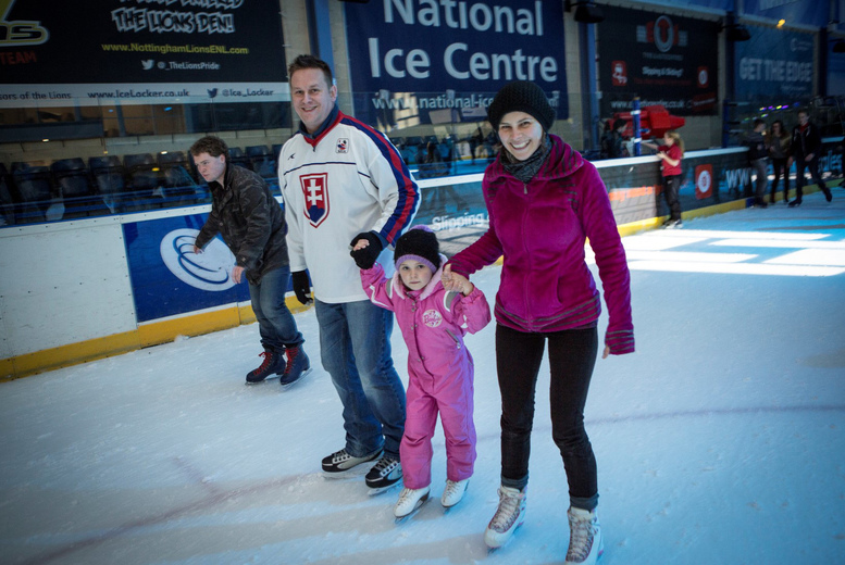 DDDeals - £10 instead of £27 for an ice skating ticket for four people at the National Ice Centre, Nottingham - save 63%