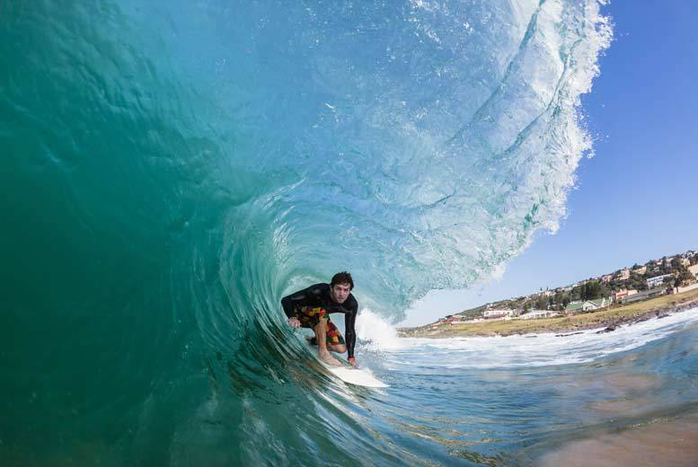 DDDeals - £30 for an O'Neill half day surfing experience from Buyagift - catch the waves between Watergate and Harlyn Bays!