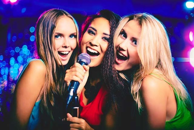 DDDeals - £24 instead of £116 for one hour of karaoke for up to 10 people including two jugs of cocktails to share at Tiger Tiger, Leeds - save 79%