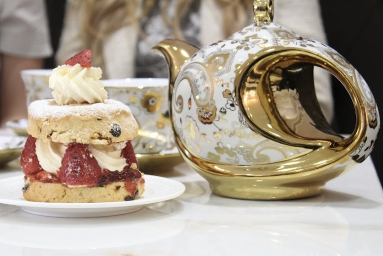 DDDeals - £5 instead of up to £13.90 for luxury cream tea for two people at Creams British Luxury - choose from locations in Leeds, Derby and Canterbury and save up to 64%