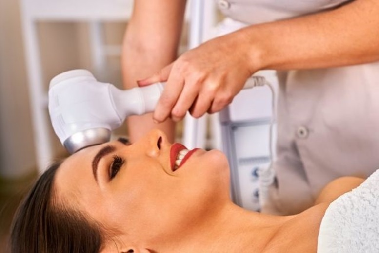 DDDeals - £18 for a microdermabrasion treatment from Hair and Beauty Spot