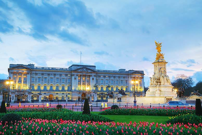 The Best Deal Guide - £119pp (from OMGhotels.com) for a 3* London break with breakfast, Buckingham Palace tour and afternoon tea, or £149pp for a 4* stay