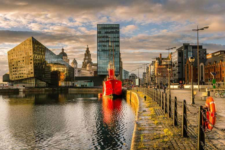 Liverpool Break, Breakfast, River Cruise & Sightseeing Bus Tour