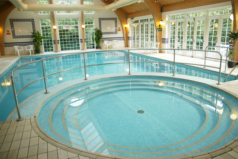 DDDeals - £109 (at Mercure Tunbridge Wells Hotel) for a 4* overnight stay for two including dinner, breakfast and spa access - save up to 49%
