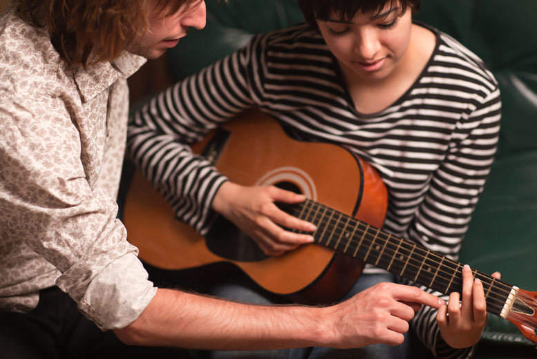 DDDeals - £19 for four one-hour guitar or singing lessons at Yamaha Music School Tyneside, Newcastle