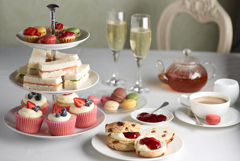 The Best Deal Guide - £39 for a prosecco afternoon tea for 4