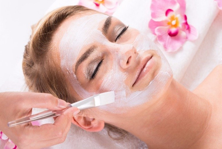 The Best Deal Guide - £29 for a glycolic facial peel & mask from Aesthetics for You