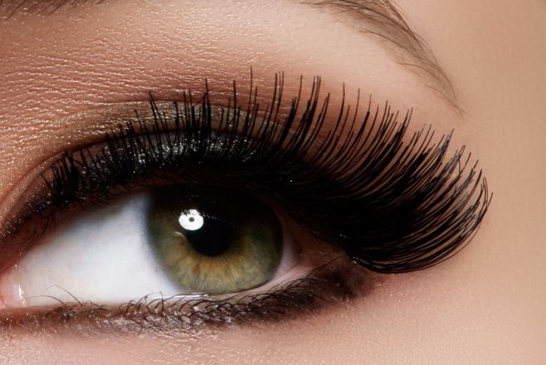 The Best Deal Guide - £18 for an eyelash lift & tint from The Vanilla Rooms Hair & Beauty