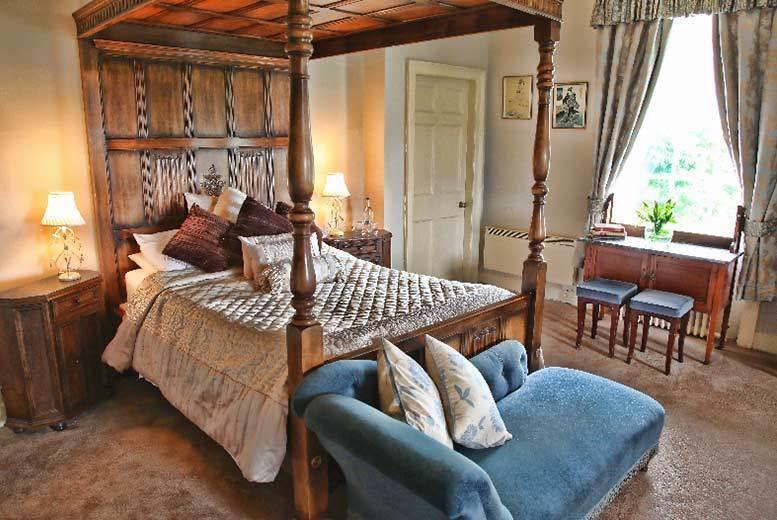 Elegant Grade II Listed Yorkshire Manor & Dinner for 2