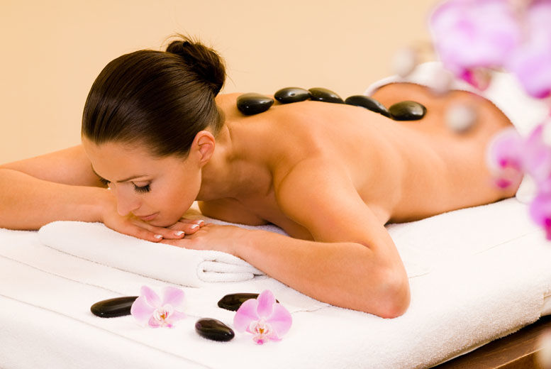 The Best Deal Guide - £18 for a luxury 30-minute hot stone massage from Colabella