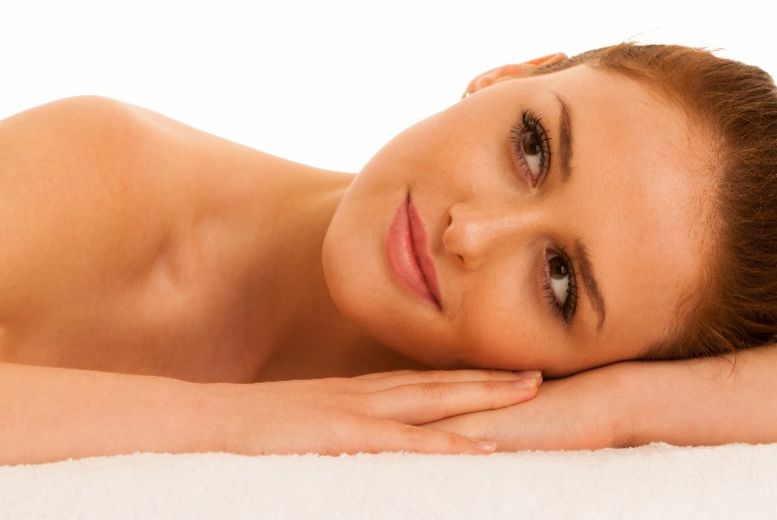 The Best Deal Guide - £69 instead of £95 for an anti-ageing facial from Emira's Nail & Beauty Parlour - save 27%