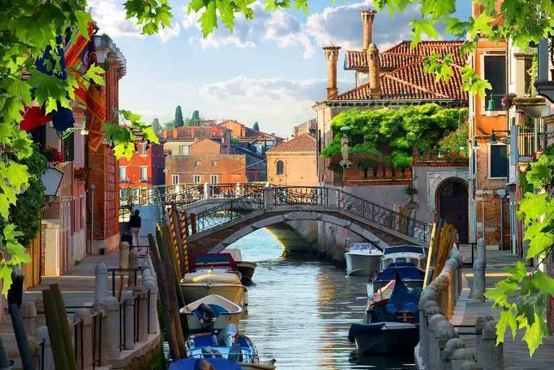 4 or 6nt Venice & Lake Garda, Breakfast, Flights & Train Transfer - Optional Tours!