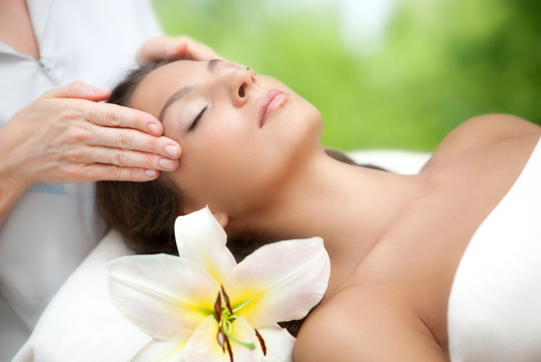 The Best Deal Guide - £16 instead of £35 for an Indian head massage from Bali Room - save 54%