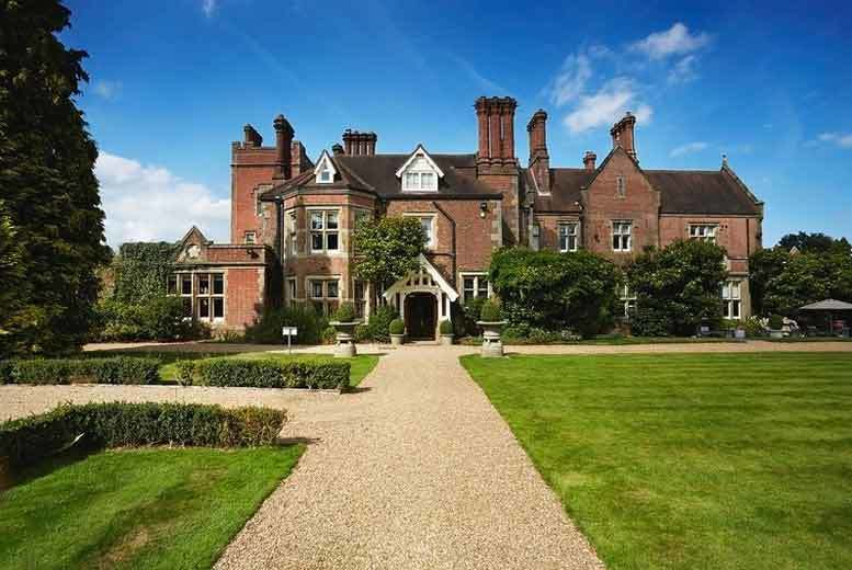 5* Pamper Day with Massage & Lunch @ Alexander House Hotel