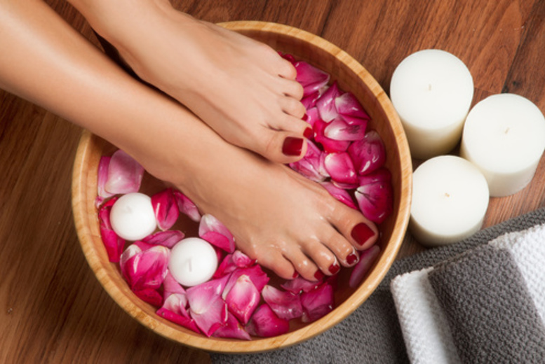 The Best Deal Guide - £14 instead of £40 for a luxury shellac pedicure from Avon's Hair and beauty - save 65%